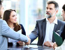 How to Select a Uniform Company to Meet Business Needs