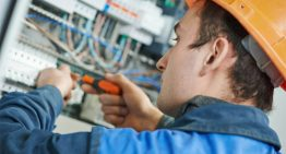 Gain the Skills You Need to Become an Electrician with Online Electrician Courses