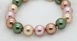 What Is the Difference Between Pearl and Mother of Pearl?